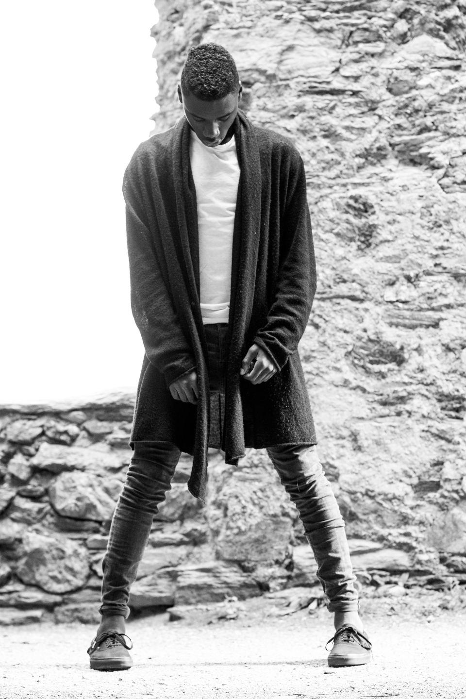 Elli Gilgal Models_Levi