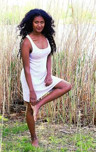Elli Gilgal Models-Sara 2