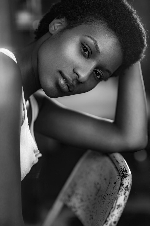 Elli Gilgal Models_Pearl-Jean Noir 1