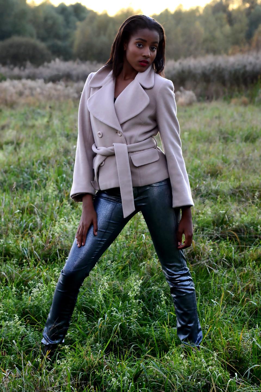 Elli Gilgal Models Mikaelle 9