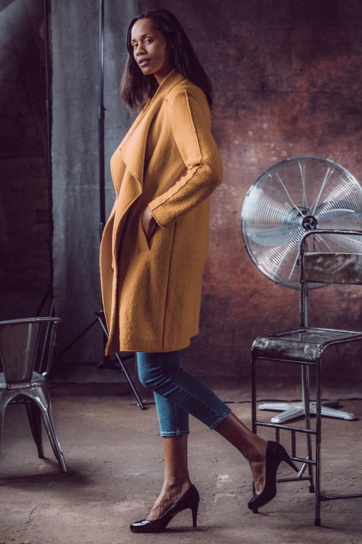 Elli Gilgal Models_Lara_Jeannoir.1
