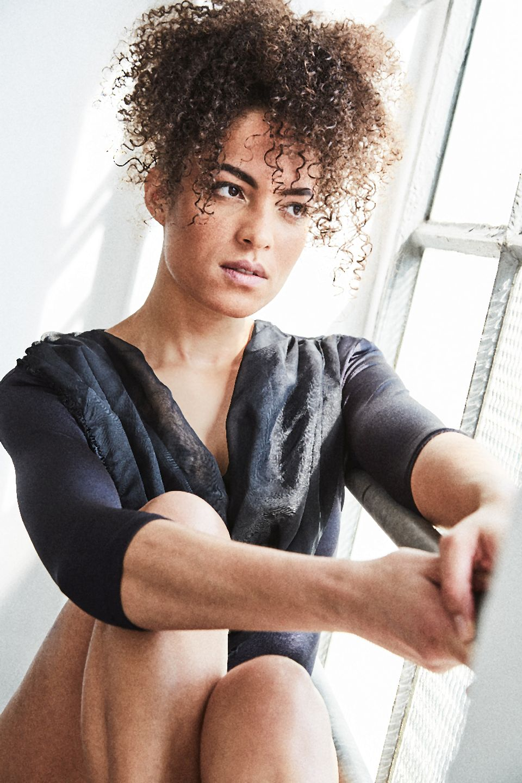 Elli Gilgal Models (43)